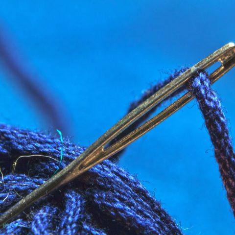 Nadel und Faden Gemeinsames Nähen